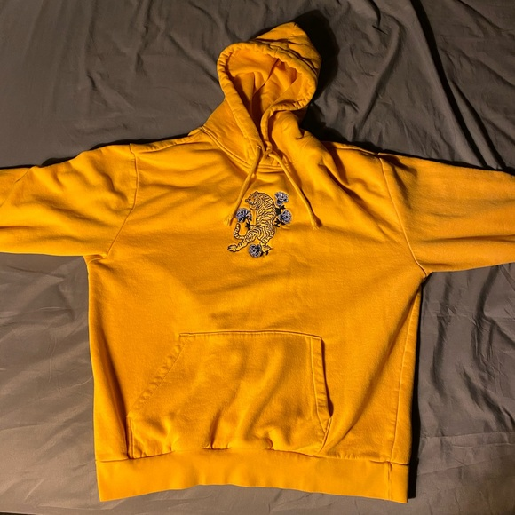 nike sb tiger hoodie yellow off 60